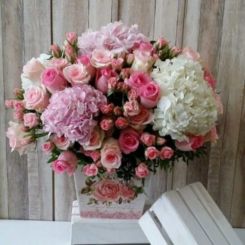 Rosy Delights by Magic Touch Bahrain Florist Delivery