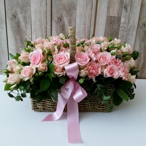 Symphony by Magic Touch Flowers Bahrain Delivery