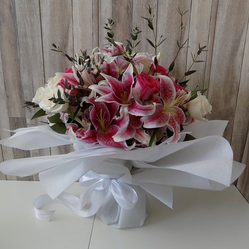 Good Karma by Magic Touch Flowers Delivery Bahrain