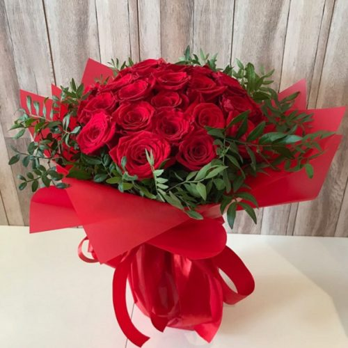 Divine Roses by Magic Touch Bahrain Florist Delivery