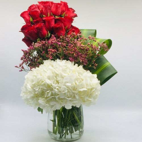 Holly by Rainflorist Bahrain Flowers Delivery