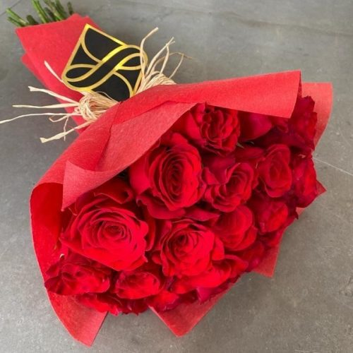 Roman Choice by Le Cadeau Bahrain Flowers and Chocolates Delivery