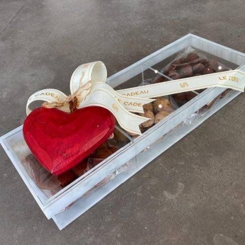 Sweet Heart by Le Cadeau Bahrain Chocolates Delivery