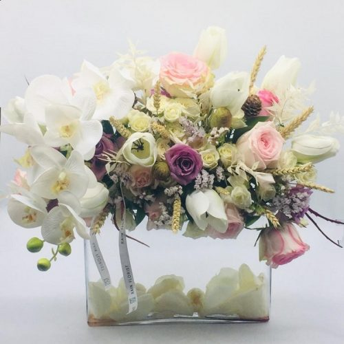 Graceful Beauty by Rainflorist Bahrain Flowers Delivery