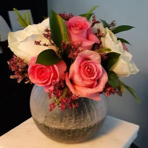 Simply Modest by RainFlorist Bahrain Flowers Delivery