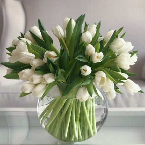 Magic Tulip by Flour and Flower Bahrain Florist Delivery
