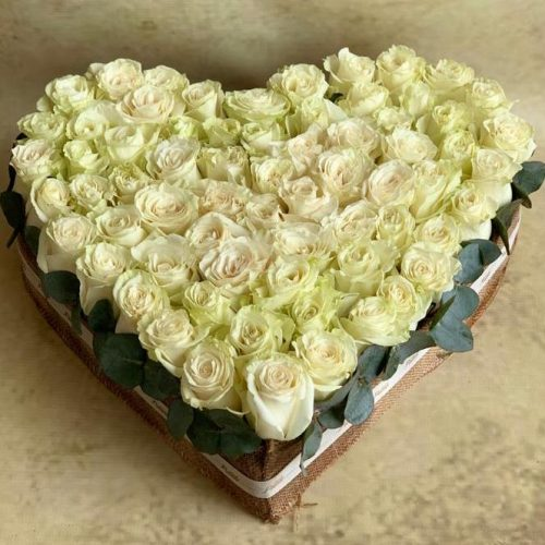 Rosy Heart by Petals Flowers Bahrain Delivery