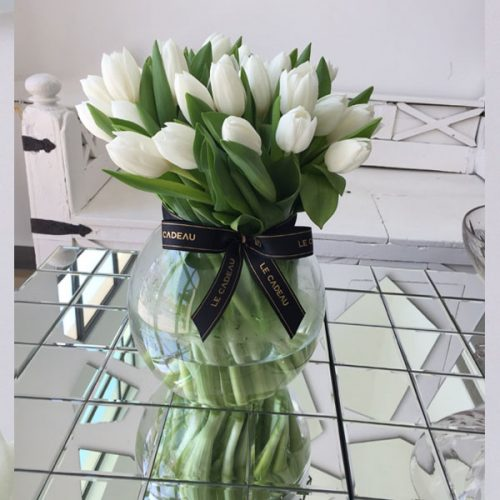 White Tulipa by Le Cadeau Bahrain Flowers Delivery