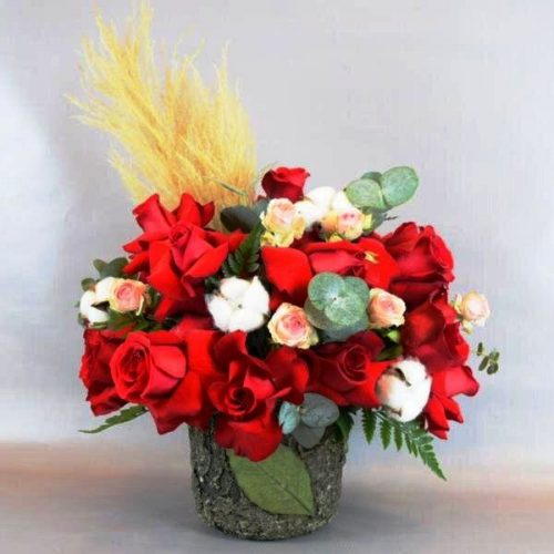 Love Spell by Petals Bahrain Flowers Delivery