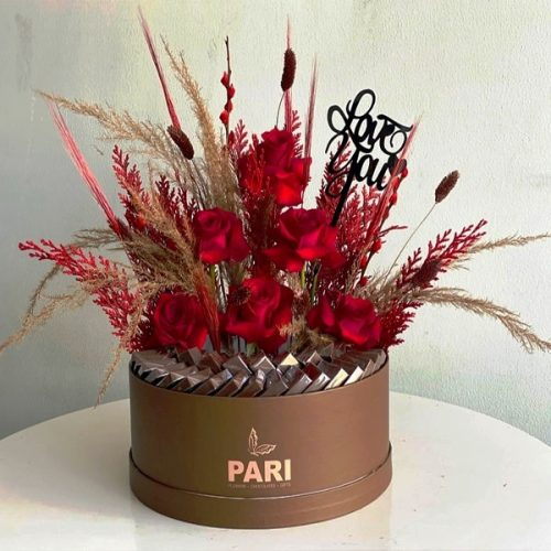 Temptation by Pari Flowers Chocolates Bahrain Delivery