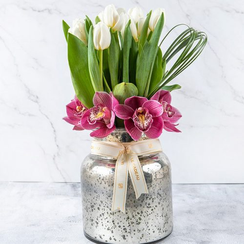 Blooming jar By Le Cadeau Flowers Delivery Bahrain