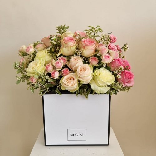 Blushing Blooms By Flour and Flower Flowers Delivery Bahrain