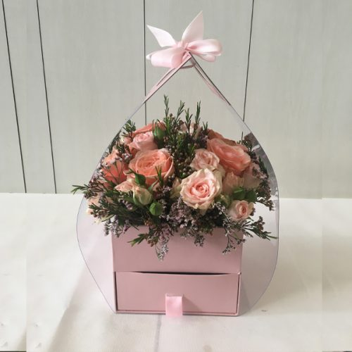 Perfect Mum By Magic Touch Flowers Delivery Bahrain