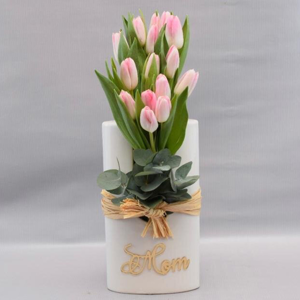 Tulip Beauty By Petals Flowers Delivery Bahrain