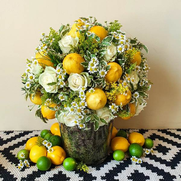 Lemon Glow by Flour and Flower Bahrain Flowers Delivery