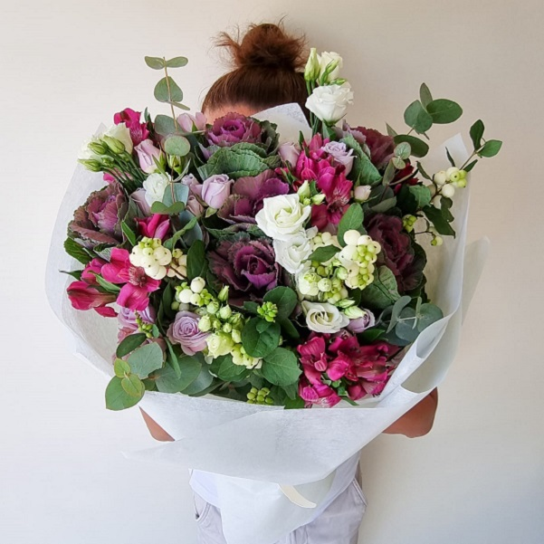 Little Shine by Flour and Flower Bahrain Flowers Delivery