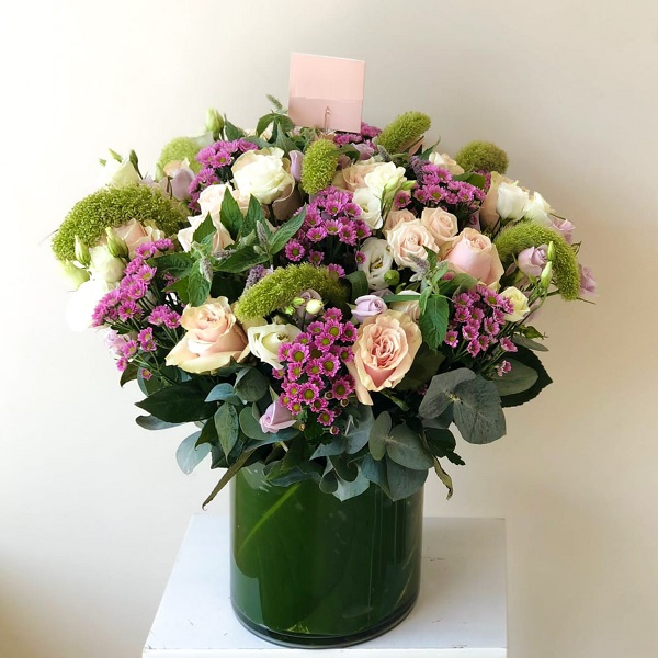Misty Blossom by Flour and Flower Bahrain Flowers Delivery
